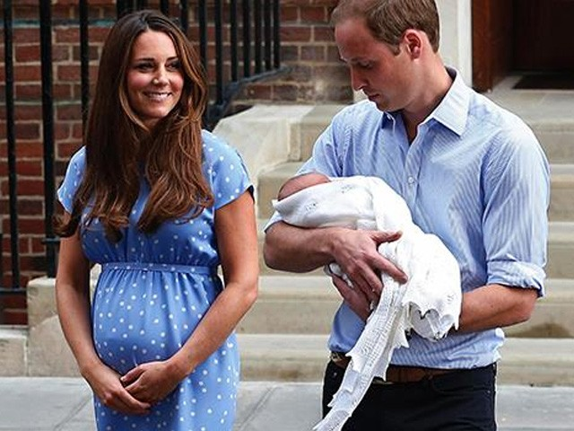 Royal Baby has arrived, Duchess of Cambridge gives birth to